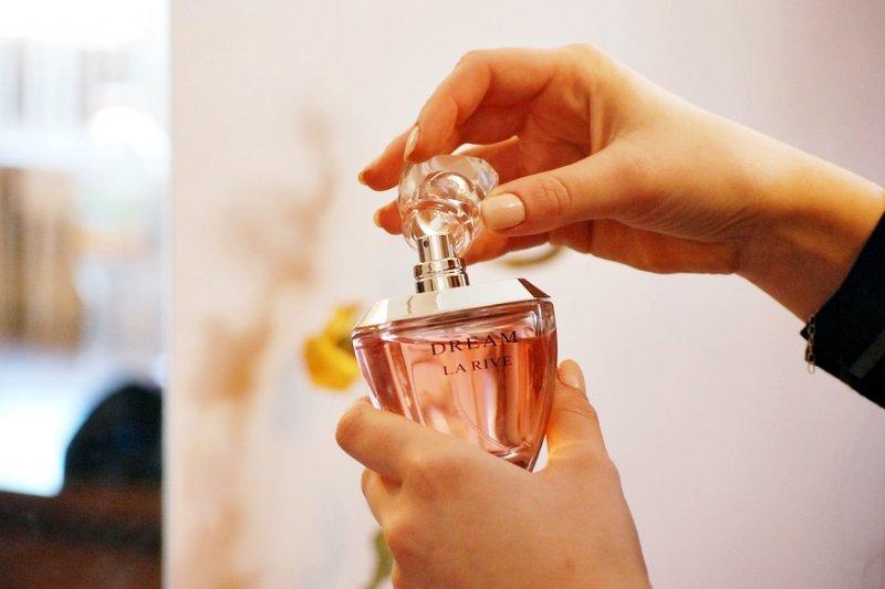 調香師就像藝術家,每個人都風格不同、做事方式也不同,唯一的相同,就是對香水的極大熱情(圖/kropekk_pl@pixabay)