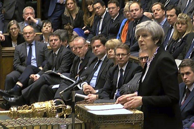英國首相梅伊稱凶嫌是土生土長英國人(AP)