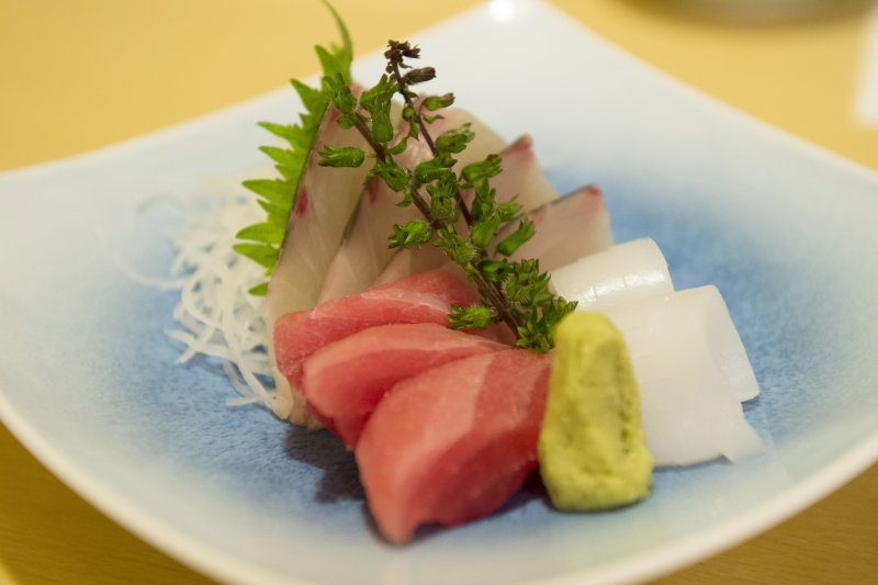 一桌豐盛佳餚,乘載著多少對故人的思念...(示意圖/Gene Wang@Flickr,與本文內容無關)