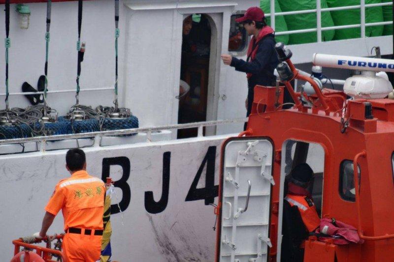 20170324-「打擊非法捕撈 永續經營遠洋漁業」記者會(農委會提供)