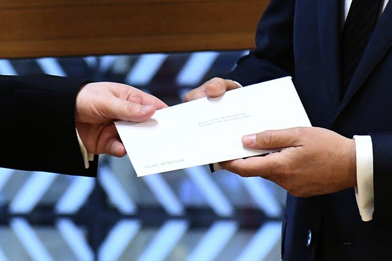 英國駐歐盟大使遞交分手信 英國脫歐談判兩年倒數 正式開始。(美聯社)