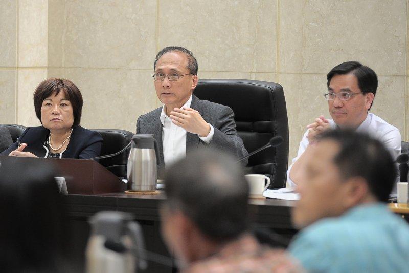 林全27日表示,資通安全在維護國家安全和公共利益上是不可或缺的課題,行政院會也拍板通過《資通安全管理法》。(資料照,行政院提供)