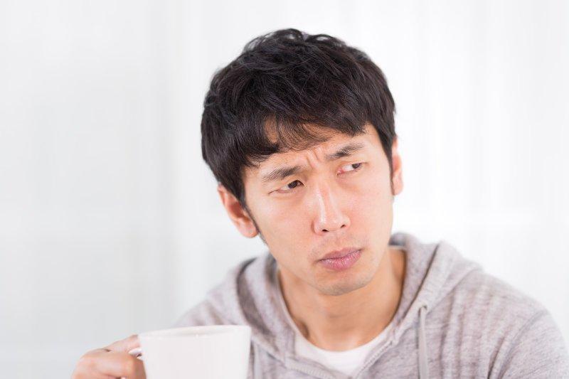 發生車禍千萬不要大意,應到醫院進行檢查。(圖/すしぱく@pakutaso)