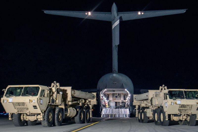南韓政府在換屆之際迅速推動部署薩德系統,令東北亞局勢劍拔弩張。那麼,半島問題下的薩德危機,究竟是僵局還是死局?(取自視覺中國)
