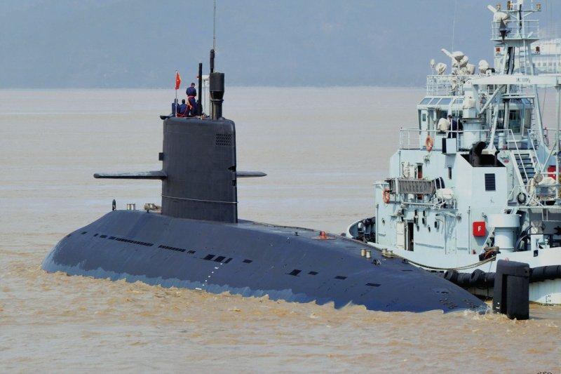 中國海軍039A型(元級)傳統動力潛艦。