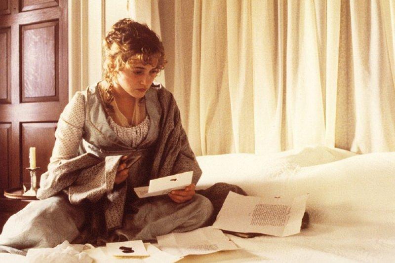 《理性與感性》是珍﹒奧斯汀唯一有雙女主角的小說。(取自李安《理性與感性》電影劇照)