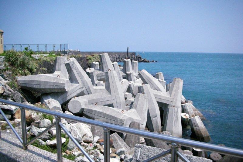 明明台灣四面環海,為何我們總覺得離海好遠好遠、幾乎找不到一片可以好好歇息的沙灘?(圖/歐蒐雷米歐@flickr)