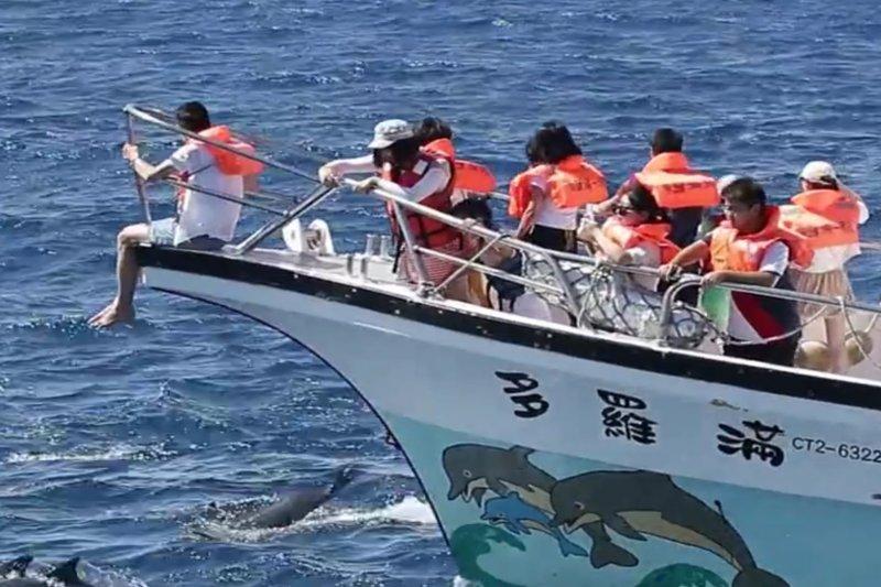 花蓮擁有遼闊太平洋、台灣七大奇景太魯閣,從滂沱山景到泛舟賞鯨無所不有,是個好山好水好人情的友善城市。(圖/花蓮縣政府提供)