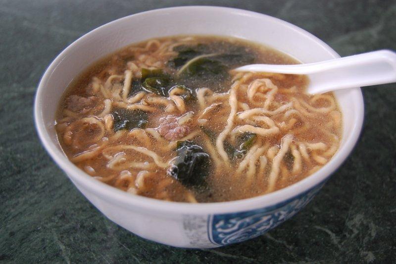 現代人煮菜常用的味精,其實來自一鍋平凡無奇的日本高湯!(示意圖/Yusuke Kawasaki@Flickr)
