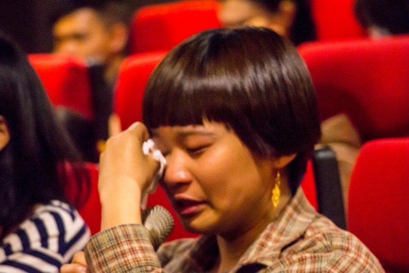 桃園城市紀錄片。劉孟芳執導的《阿嬤》紀錄片撥映後,民眾分享自身經驗忍不住哽咽流淚。(「拍桃園Action Taoyuan!」提供)