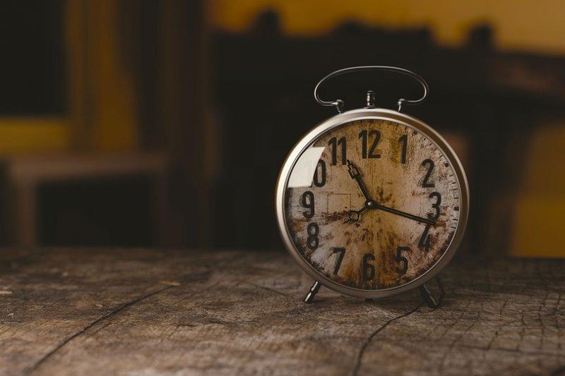 時間的標準化,是一段漫長的歷史。(圖/Monoar@pixabay)