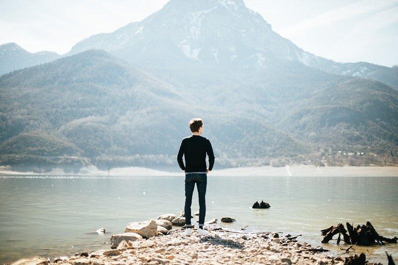 當想做的事與能給你溫飽的工作完全無關時,該怎麼選擇呢?(圖/Pixabay)