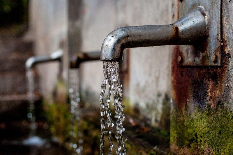 全球20億人面臨飲用水污染(取自Pixabay)