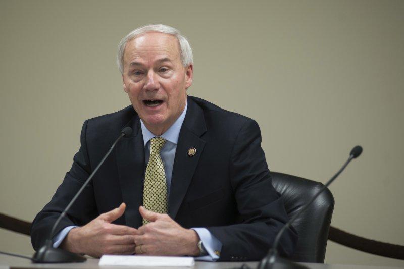 共和黨籍的阿肯色州長哈金森堅持執行死刑(AP)