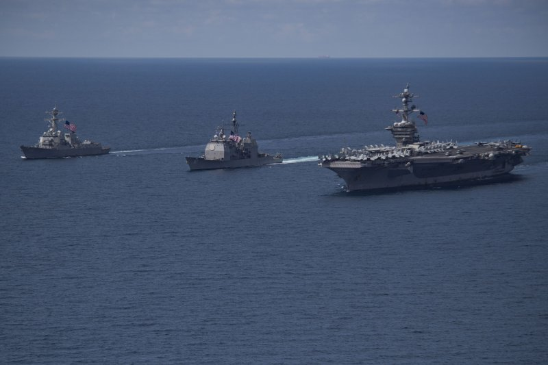 卡爾文森號航母打擊群4月14日在南海一帶巡弋。(美國海軍官網)