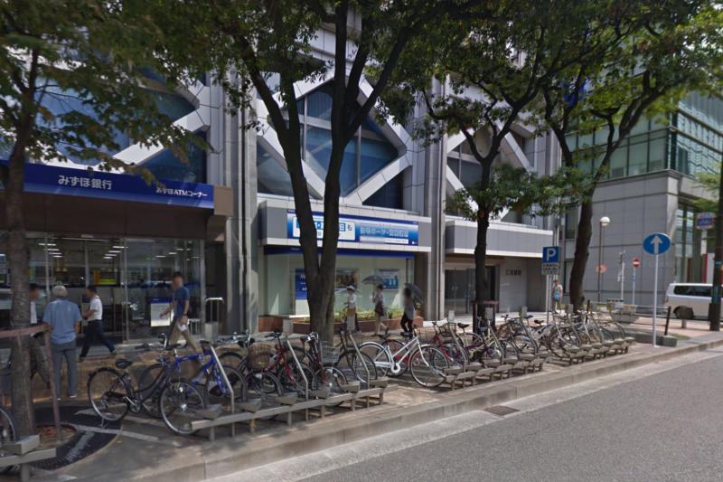 瑞穗銀行福岡支店。(Google街景)