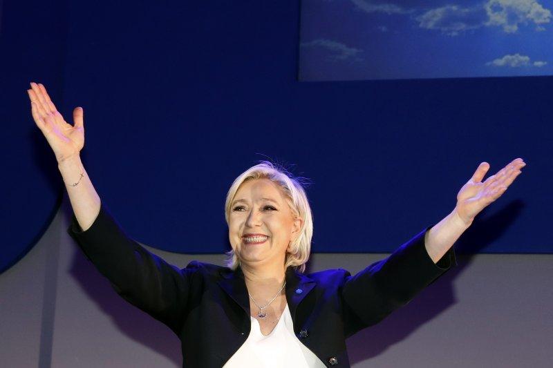 法國總統大選:極右派女將勒潘晉級決選,但外界預測她不會勝選(AP)