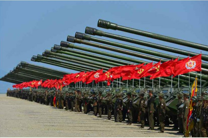 北韓砲兵在元山市進行射擊演練。(勞動新聞)