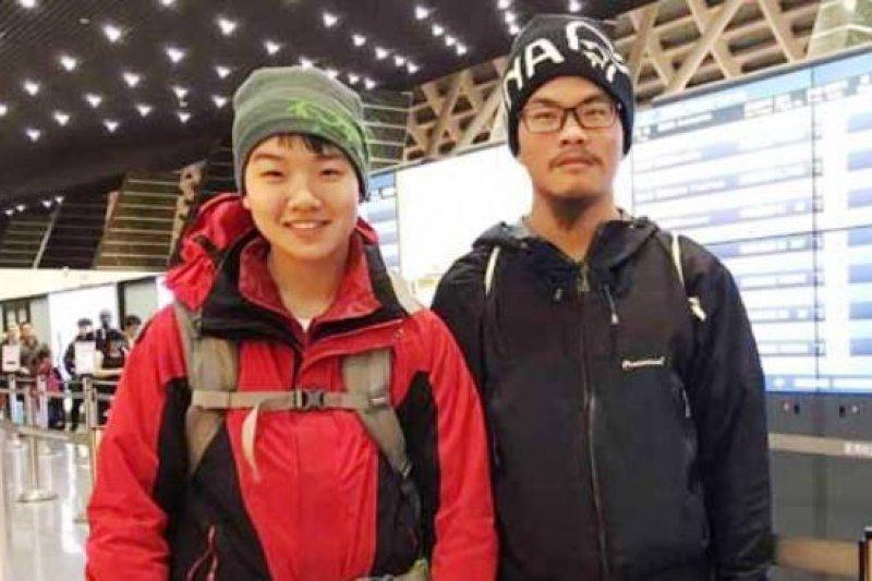 台灣籍的梁聖岳和女友劉宸君3月在尼泊爾喜馬拉雅山區失蹤近50天後被找到,劉宸君已無生命跡象,梁聖岳則意識清楚。(取自Ganesh Himal Tourism Development臉書)