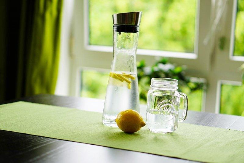 感到口渴時已經變笨!喝水對防失智症竟有奇效,40年名醫公開5個喝水最佳時機-風傳媒
