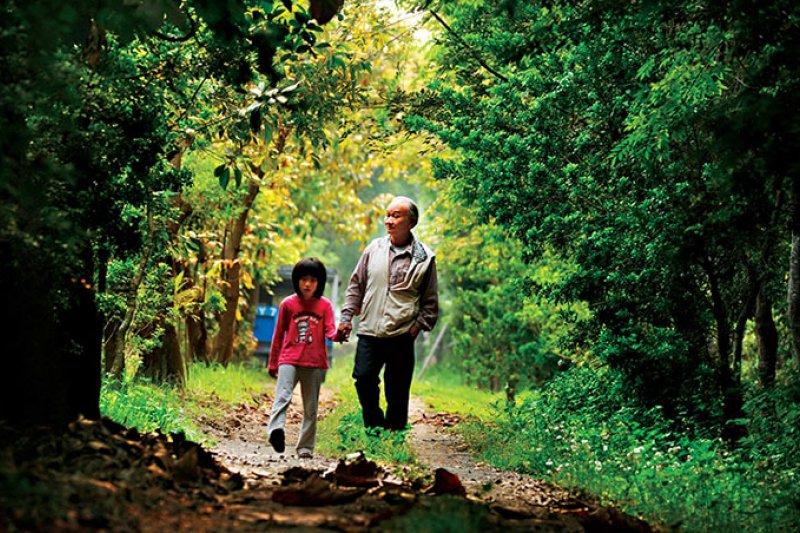 吳晟,1944 年出生,屏東農專畢業,55 歲從國中教師退休,亦為台灣鄉土作家。(攝影程思迪)