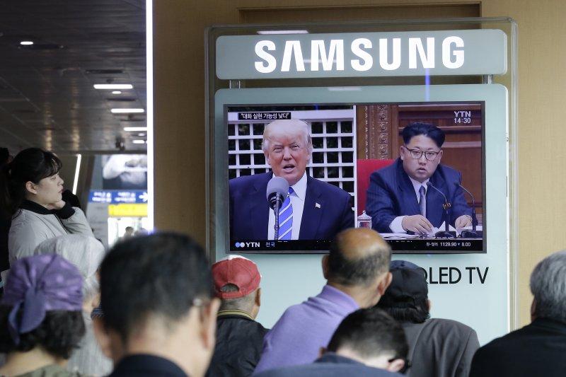 川普表態願在「適當狀況」與金正恩會面,引發南韓高度關注。(美聯社)