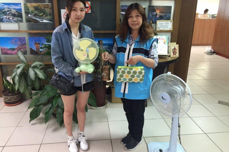 新竹市首次回收電風扇,有市民表示,不僅可以做環保還可拿好康。(新竹市提供)
