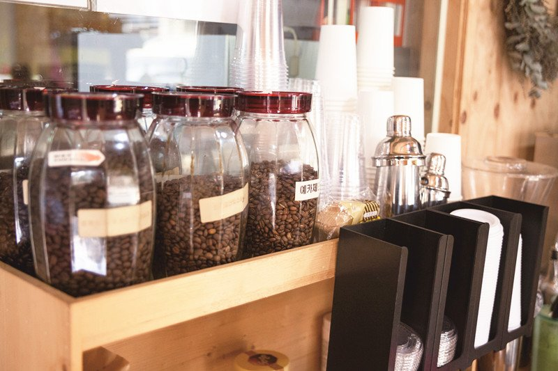 想端出一杯好喝的咖啡,這四個條件都不可或缺。(圖/四塊玉文創提供)