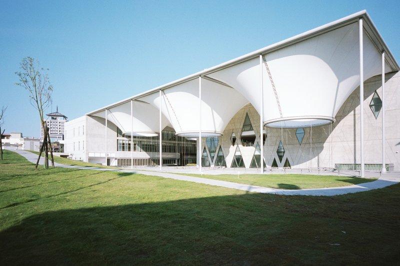 圖書館不只是閱讀場所,近年來也成為美麗觀光好去處。(圖/準建築人手札網站 Forgemind ArchiMedia@Flickr)