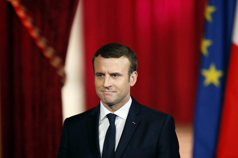 法國新任總統馬克宏14日正式就職(AP)