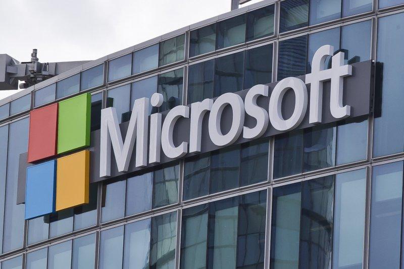 勒索病毒「哭哭」(WannaCry)肆虐全球,微軟呼籲電腦使用者加強安全防護、定期備份檔案。(美聯社)