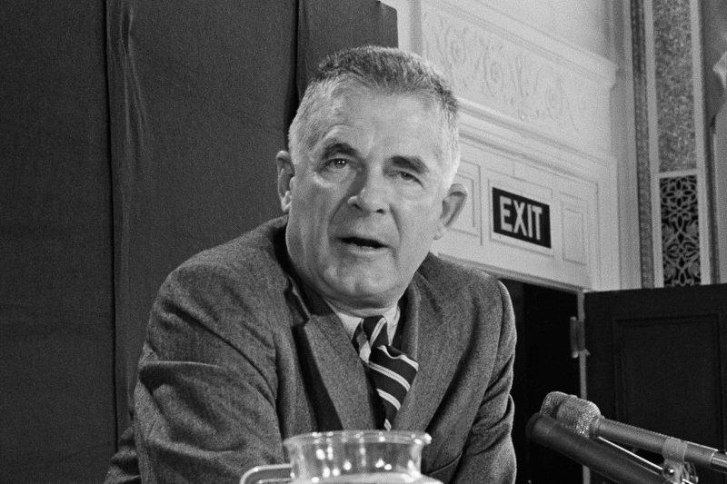 1973年10月20日星期六,「周末夜大屠殺」(Saturday Night Massacre)的主角考克斯(Archibald Cox)(AP)