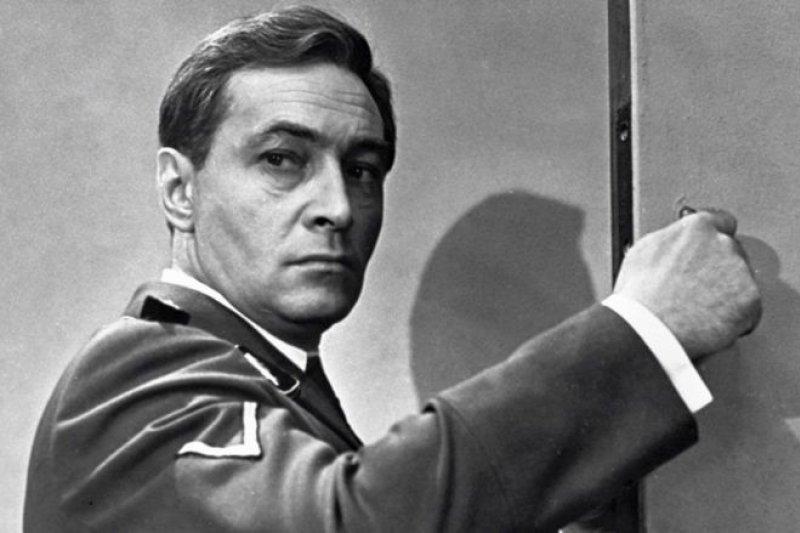 螢幕上的蘇聯007。(BBC中文網)