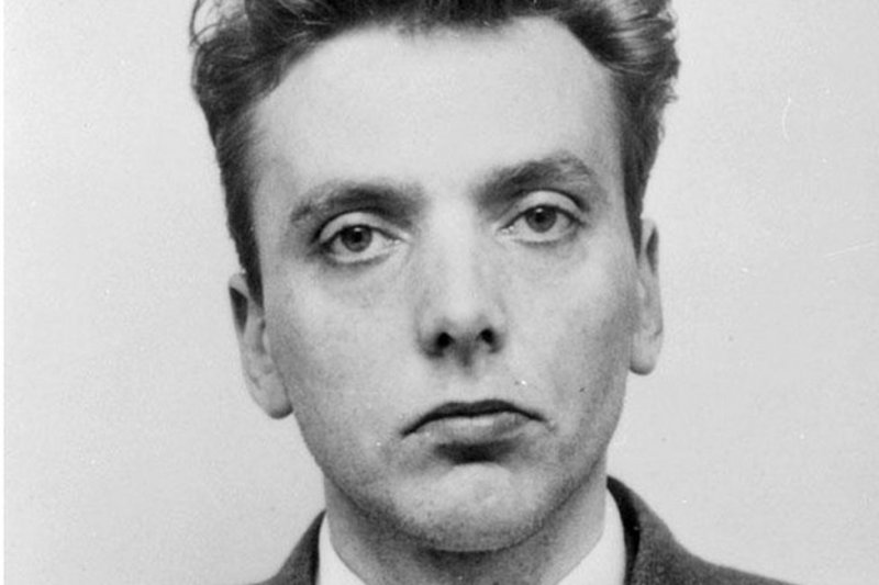英國臭名昭著的連環殺人犯伊恩·布拉迪(Ian Brady)79歲在醫院壽終,留給人們對法律、社會、兒童教育、道德等各方面的深刻反思。(BBC中文網)
