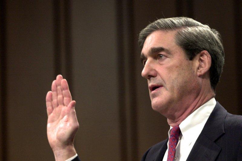2001年7月,聯邦調查局(FBI)局長被提名人穆勒出席參議院聽證會(AP)