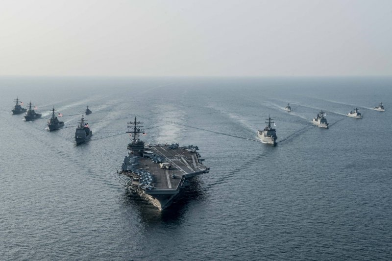 美國海軍雷根號(USS Ronald Reagan)航空母艦與第五航母打擊群(CSG 5)。(雷根號臉書)