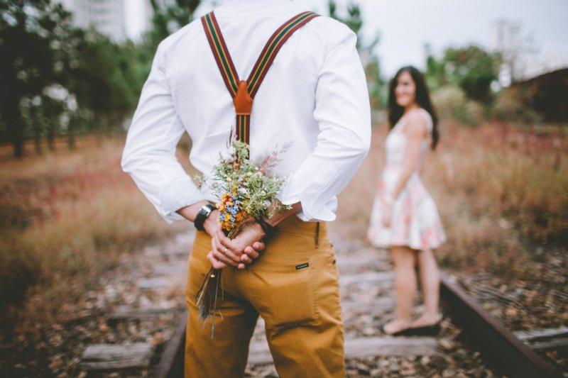 在不同國籍新住民中占絕大多數的「越南新娘」,除了在法律上歸化為台灣籍,許多人在心態與文化上,也早已被同化為「台皮台骨」的台灣人。 圖為示意圖。(取自HAMZA BUTT@flicker)