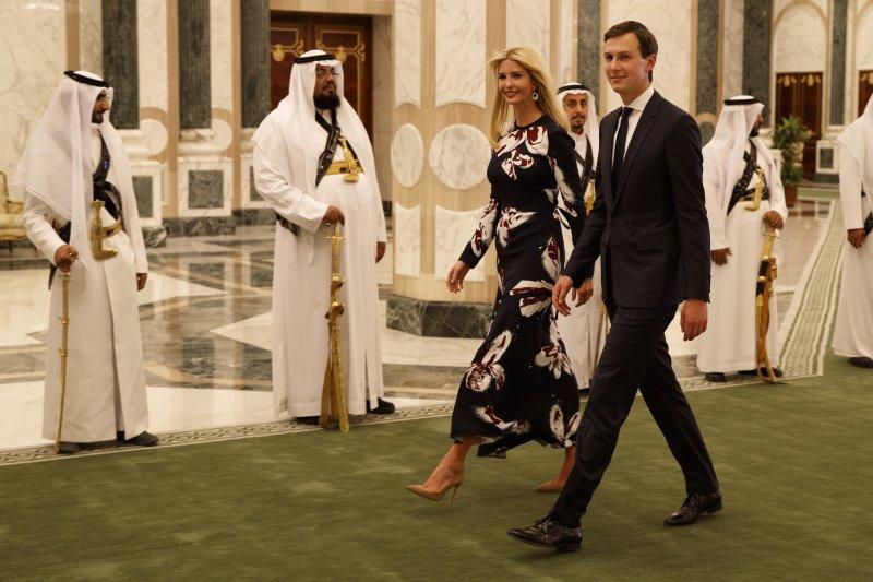 川普訪沙烏地:川普女兒伊凡卡和女婿庫許納(AP)