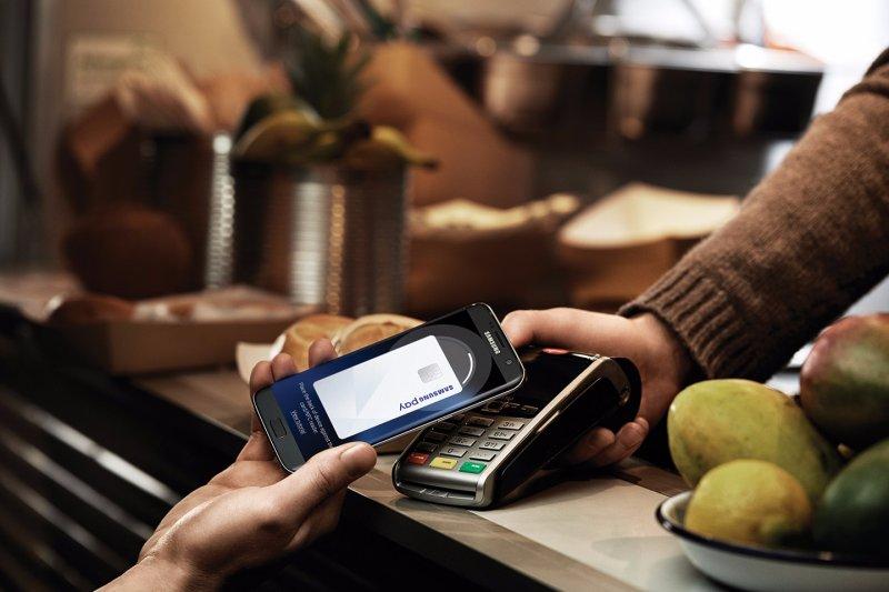 台灣要朝無現金社會邁進,除了科技方面需要投資之外,如何建立起一般消費者對於無現金交易的信任,是需要思考解決的問題。(Samsung提供)