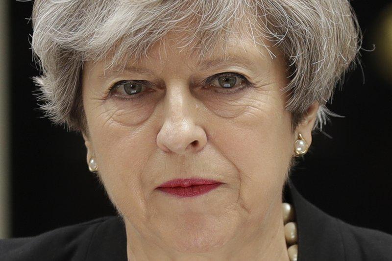 美國歌手亞莉安娜(Ariana Grande)22日在英國曼徹斯特的演唱會發生恐怖攻擊,造成慘重死傷,首相梅伊嚴厲譴責(AP)