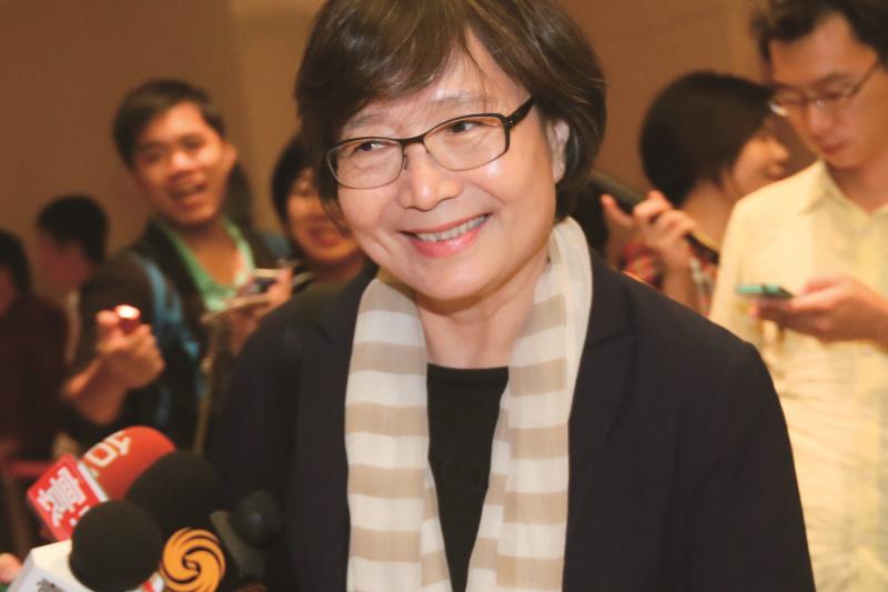 葉菊蘭以「國母」地位,不支薪出任台灣觀光協會會長。(柯承惠攝)