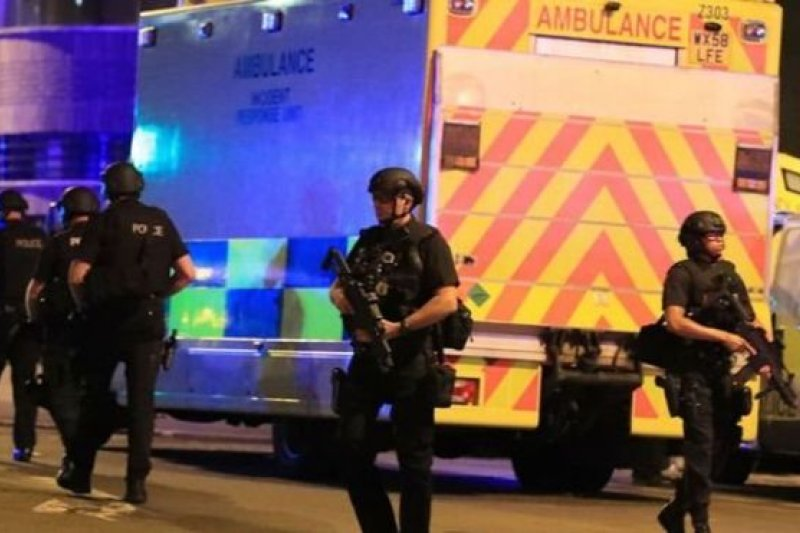 曼徹斯特競技場的自殺攻擊導致22人死亡,59人受傷。(BBC中文網)