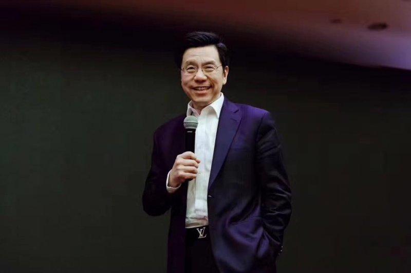 人類該如何避免被人工智慧取代,李開復提出他的看法...(圖/李開復 Kai-Fu Lee@Facebook)
