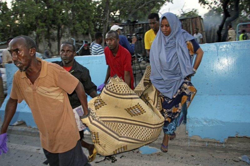 索馬利亞青年黨在索馬利亞和肯亞發動3次攻擊,共造成16人死亡(AP)