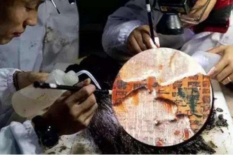已確認西漢海昏侯墓出土的論語竹簡就是失傳1800年的齊論,目前將展開譯讀工作。(取自搜狐)
