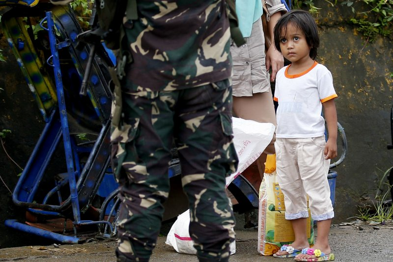 在菲律賓偏遠鄉下,可能還存在領著極低薪,甚至沒有薪水的家傭。(美聯社)