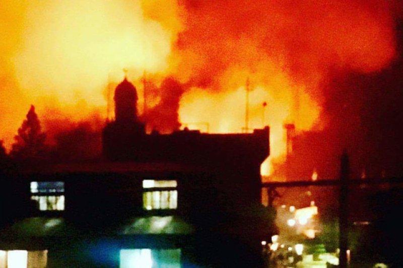 馬拉威市區遭到武裝分子縱火。