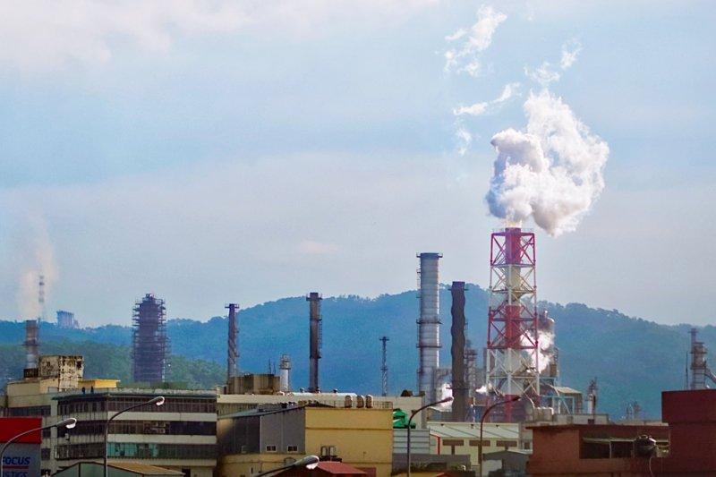 台灣一坪工業用地可以喊至上百萬,竟與住宅價格看齊,美國矽谷恐怕都沒這種行情...(圖/pang yu liu@flickr)