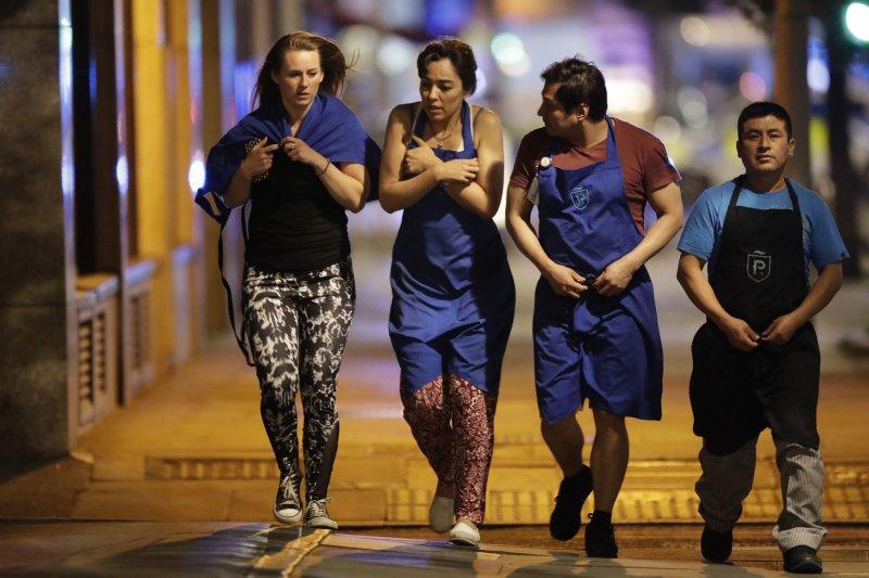 英國首都倫敦3日再度發生恐怖攻擊,造成多人死傷。(AP)