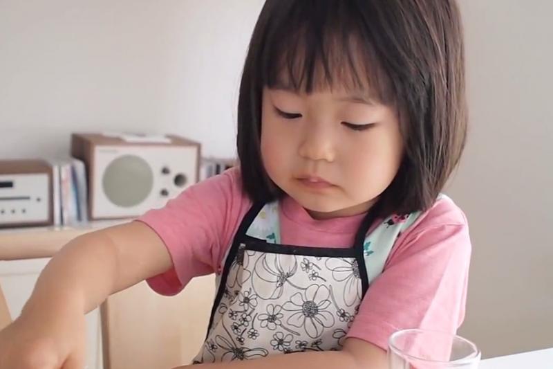 餐桌上,「吃一口青菜好不好」並不是尊重孩子!(示意圖/翻攝自youtube)